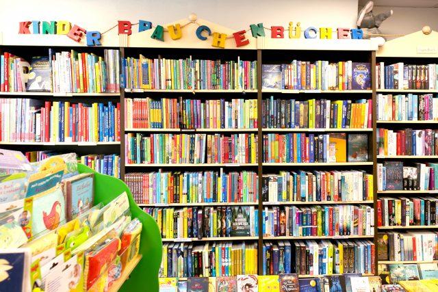 Kinderbücher in der Buchhandlung am Sand